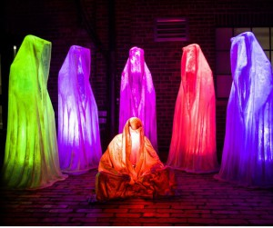 toronto lightfest lightfestival lightart festivaloflights guardians of time manfred kielnhofer light art sculpture glow statue fine arts