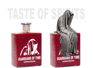 guardians-of-time-manfred-kielnhofer-bottle-red-wisky-spirit-